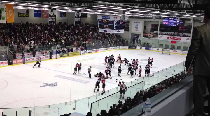 Canadian Junior Hockey League Playoff Game Ends With Bench-Clearing Brawl & Features Back-Up Goalie Fight [Video]