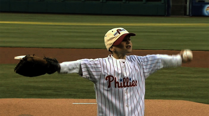 Young Autistic Child Tosses Out Memorable First Pitch at Citizens Bank Park [Video]