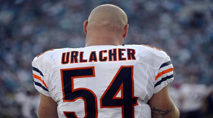 Brian Urlacher Retires After 13 NFL Seasons, Played All of Them With the Bears