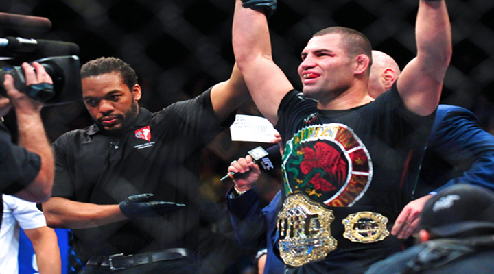 Cain Velasquez Retains UFC Heavyweight Title After Knocking Out Bigfoot Silva at UFC 160 [Video]