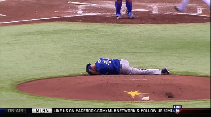Toronto Pitcher J.A. Happ Carried Off the Field on a Stretcher After Taking Line Drive to the Head [Video]