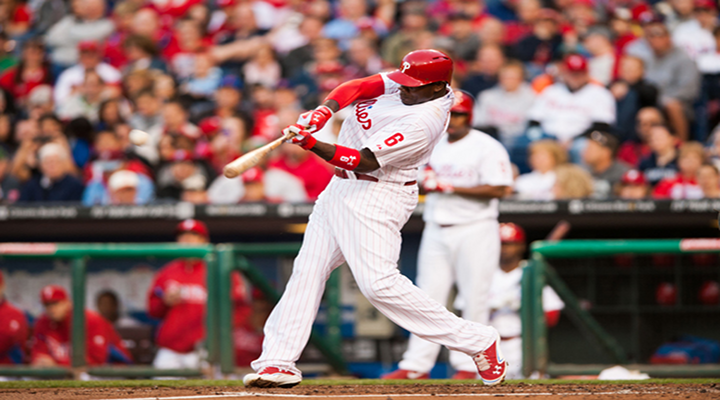 Blind Philadelphia Fan Asked Ryan Howard to Hit Him a Home Run, and He Did [Video]
