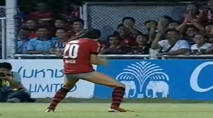 Mario Gjurovski Celebrates Goal By Removing Shorts & Wearing them on His Head [Video]
