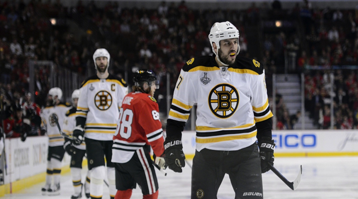 Bruins Forward Milan Lucic Smashes Stick After Empty-Net Goal in Game 5 Loss to the Blackhawks [Video]