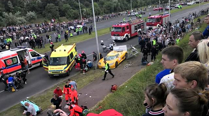 Horrible Crash at Motor Rally in Poland Leaves Over a Dozen Spectators Injured [Video]