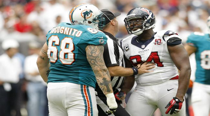 Texans DE Antonio Smith Used Helmet as a Weapon in Fight During Dolphins-Texans Game [Video]