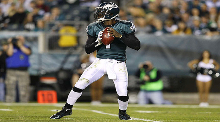 Vick Squashes RG3's Return to D.C.: Redskins Make Late Charge But Eagles New Offense Too Much as Philly Wins MNF Opener 33-27 in D.C. [Video Highlights]