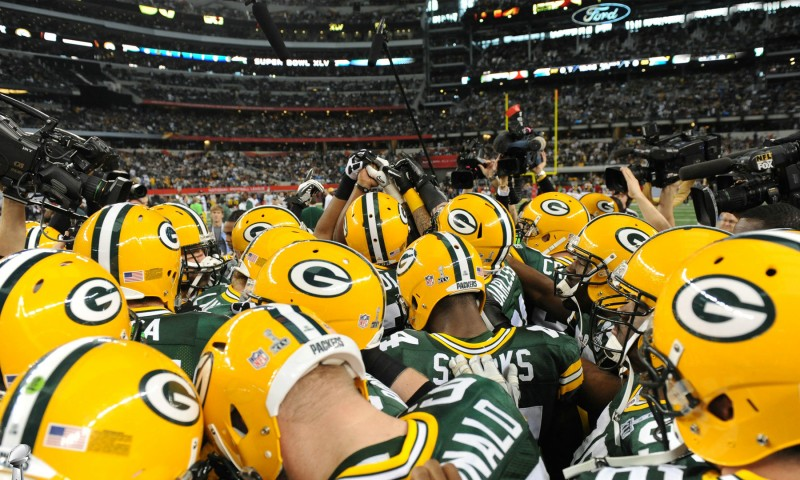 Nfl-Green-Bay-Packers-Team-Hudle-480x800