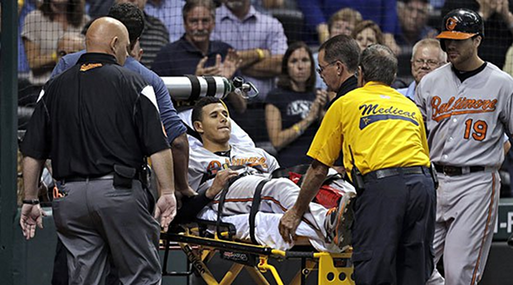Manny Machado: Orioles Rookie All-Star Suffers Gruesome Knee Injury Tripping Over First Base [Video]