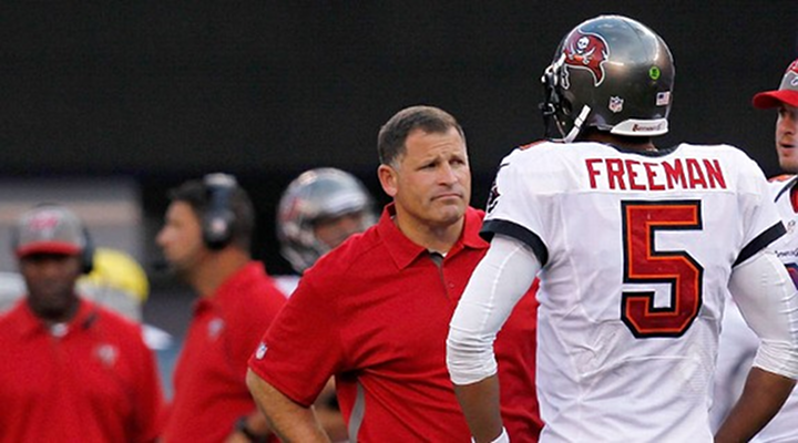 Buccaneers QB Josh Freeman Benched For Rookie Mike Glennon: Panic Move by Greg Schiano?