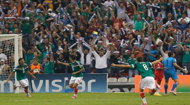 Raul Jimenez's Incredible Bicycle Kick Saves Mexican National Team [Video]