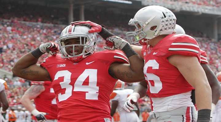 """Buckeyes Stay Undefeated: Ohio State RB Carlos Hyde Pulls Out """"Madden Moves"""" on Go-Ahead Touchdown Run [Video]"""