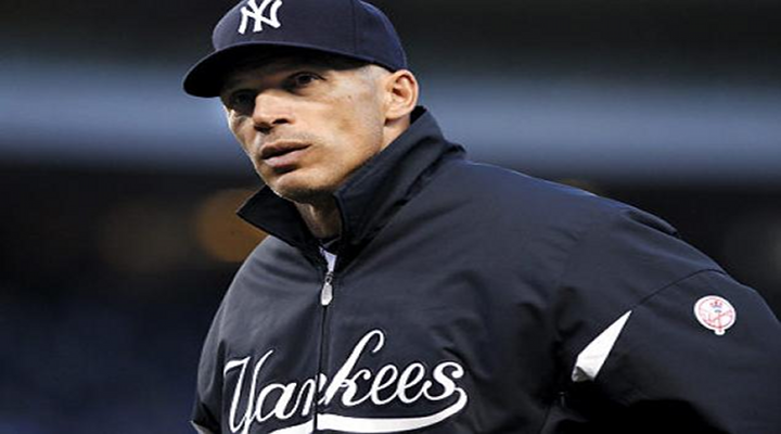 Joe Girardi Signs 4-Year Deal to Remain New York Yankees Manager