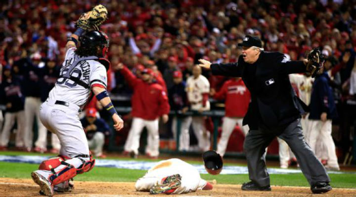 WS Game 3: Cardinals Beat Red Sox 5-4 in the Bottom of the Ninth On Bizarre Obstruction Call [Video]