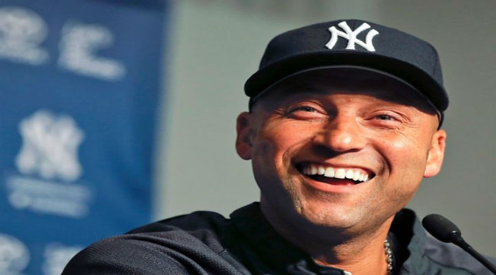 Derek Jeter Signs 1-Year, $12 Million Deal to Stay with Yankees