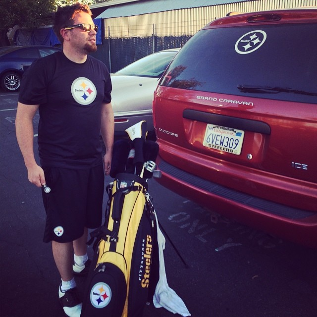 @johnnyicebox takes #BlackAndYellow where ever he goes. #SteelersNation #BigBenLover #Golfing #DrivingRange