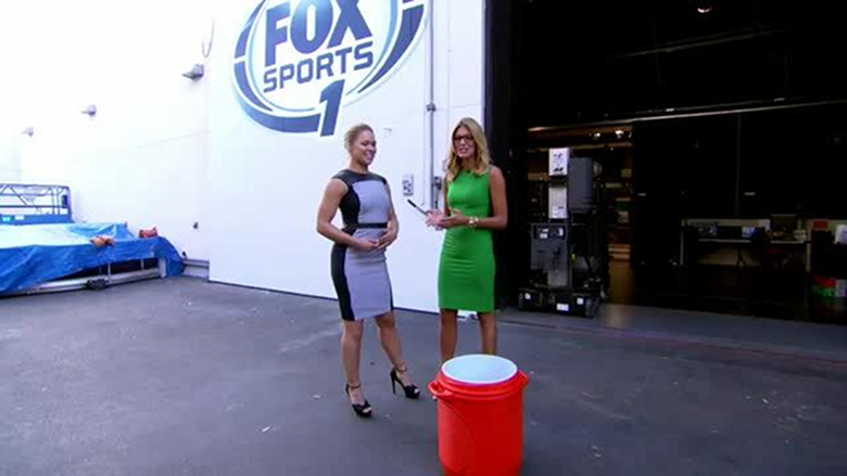 5497107-Ronda-Rousey-Accepts-the-ALS-Ice-Bucket-Challenge