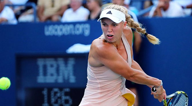 Caroline Wozniacki Got Her Racket Tangled In Her Hair at the US Open [Video]