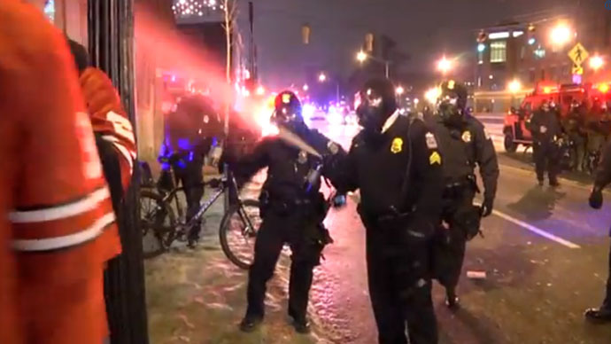 ohio-police-tear-gas_si