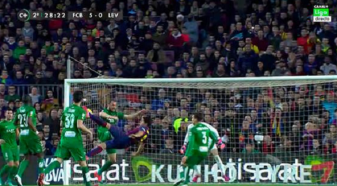 Watch Barcelona's Luis Suarez Score An Amazing Bicycle-Kick Goal Against Levante