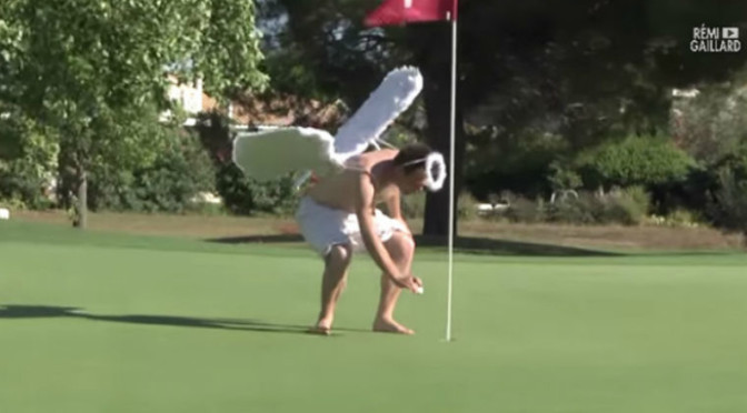 Dudes Hijacking Golf Balls Of Unsuspecting Golfers Get Chased Around the Course [Video]