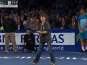 roger-federer-kid-lob-video